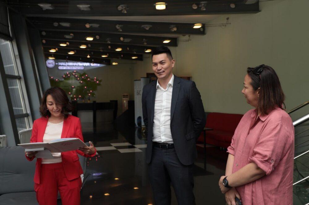 Коллективу радиостанции «N-S» Холдинга «NUR Media» представили нового руководителя 2