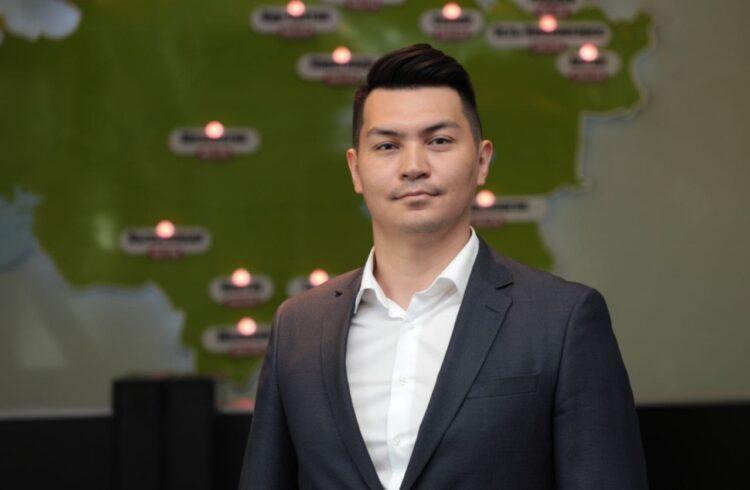 Коллективу радиостанции «N-S» Холдинга «NUR Media» представили нового руководителя 1