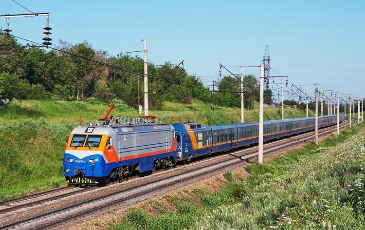 Поезда задерживаются из-за ЧП в Жамбылской области 1