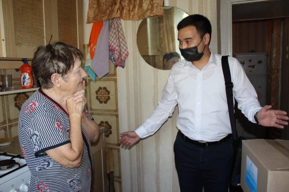 Карагандинские предприниматели поздравили жителей Шахтинска с Днем Шахтера и 60-летием города