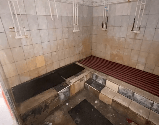 Грязные туалеты, ржавые душевые: в Алматинской академии МВД прокомментировали скандальное видео