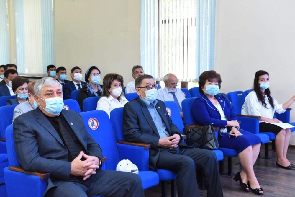Встреча с руководителями АНК и председателями этнокультурных объединений города Шымкент