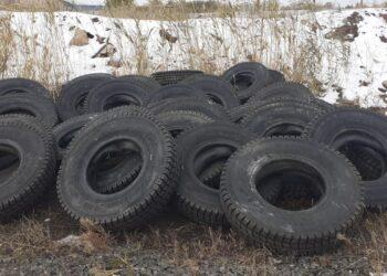 Астанчанин похитил сто шин от КамАЗа, разобрав кирпичную стену склада 1